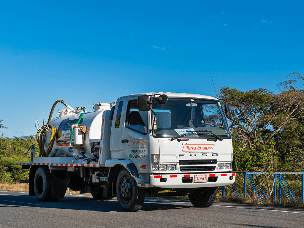 camiones-cisternas-terra-equipos