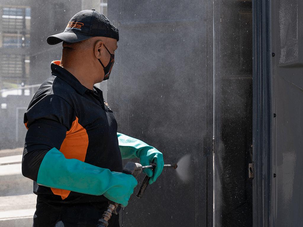 proceso limpieza cabañas sanitarias 1